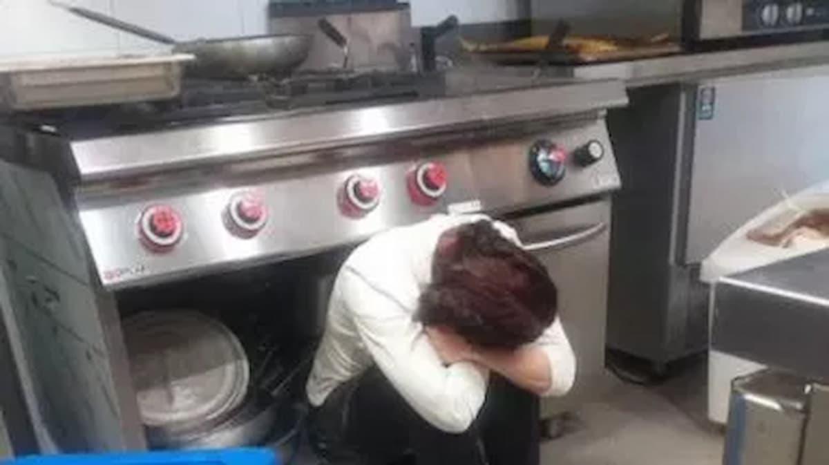 Foto simbolo dell'Italia in crisi, mentre Letta pensa allo ius soli il covid dilaga e mancano i vaccini
