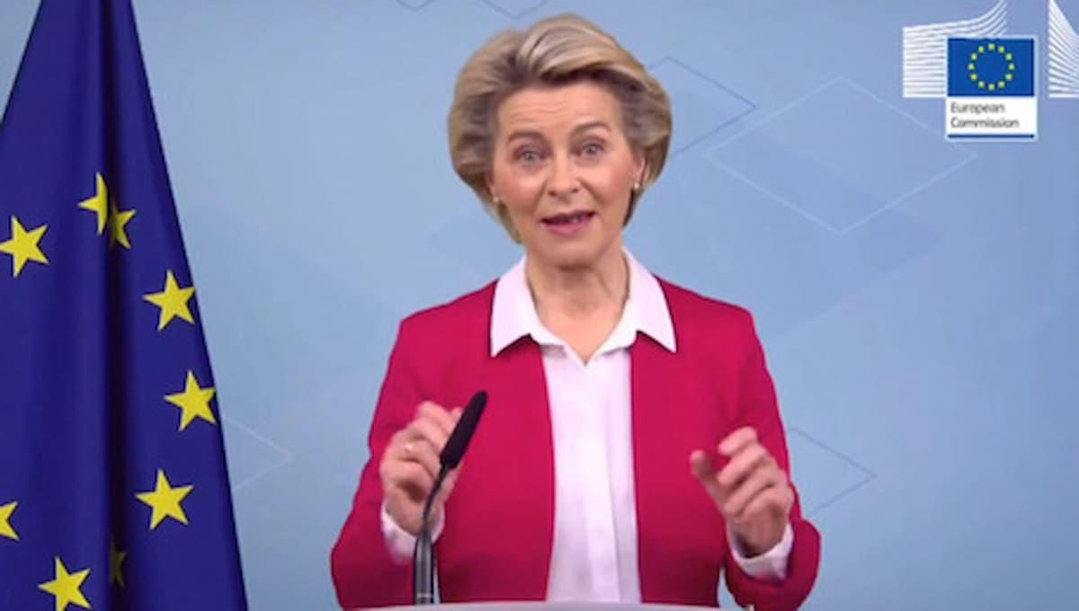 Auto, crolla del 23% il mercato in Europa. Ma c'è di peggio: Ursula von der Leyen, il regalo della Merkel all'Europa: inadeguata