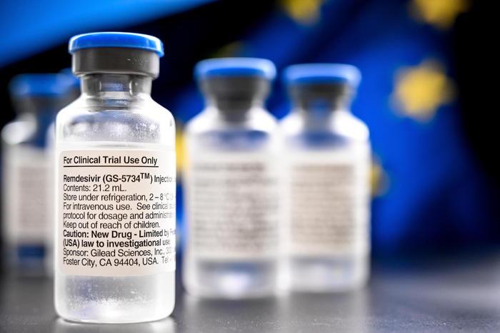 Covid e allergie, rischi e controlli prima del vaccino, l'Europa allarga le maglie ma è meglio non abbassare la guardia,